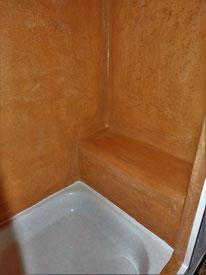 Dusche mit Coccio pesto pastellton