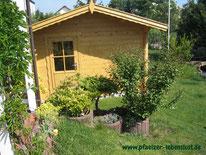 Sauna Blockhaus Blockbohlen selbst gebaut Elementsauna