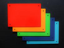 kleine Magnettafeln in mehreren Farben
