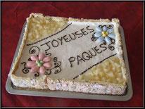 entremet de pâques poire vanille dragées, chic choc cake boutique en ligne cake design et patisserie pas cher