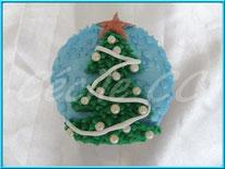 tutoriel pour décorer un cupcake sapin de noel, cécile cc, cake design, chic choc cake, boutique en ligne