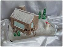 tutoriel pour faire un gâteau 3D en forme de chalet sous la neige pour noel, cake design, pate à sucre, cecile cc, chic choc cake, boutique en ligne