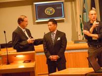 ジム・ウッド市長と弊社代表・山内