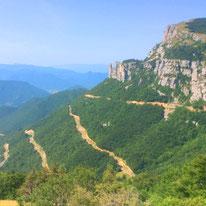Der Vercors ist ein durch tiefe Täler begrenzter Gebirgsstock im äußersten Westen der französischen Alpen