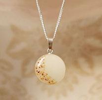 18 mm Medaillon mit Nabelschnurflöckchen halbmondförmig