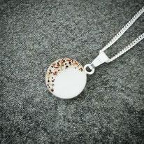 18 mm Medaillon Sterling Silber mit Nabelschnurflöckchen im Halbmond