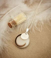 18 mm Medaillon in Sterling Silber mit Haarsträhne und Sterling Silber Gravurplättchen