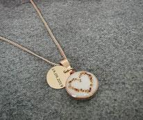 12 mm Medaillon rosévergoldet mit Nabelherz und Gravurplättchen