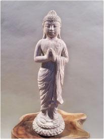 Buddha Metta stehend. Höhe 30cm. 45.- LETZTE STÜCKE