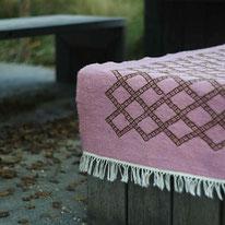 Tapis kilim rose, berbère, rose, tapis de chambre, tapis décoratif, deco salon, deco entrée, déco ethnique chic