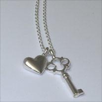 unser Schlüssel in Sterlingsilber als Schlüssel zum Herzen