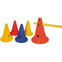 Accessoires de jeux pour écoles primaires : chasubles, plots, coupelles, marquage au sol...
