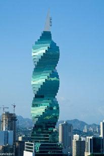 F&F Tower. © catoledo