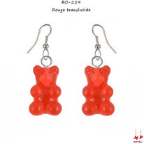 Boucles d'oreilles pendantes à oursons rouges et crochets argentés