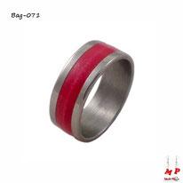 Bague anneau argenté et rouge en acier chirurgical