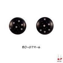 Boucles d'oreilles étoiles blanches sur ciel noir en acier chirurgical