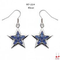 Boucles d'oreilles pendantes étoiles argentées serties de strass bleus