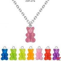 Colliers à pendentifs en forme d'oursons en acrylique 8 couleurs
