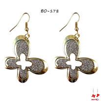 Boucles d'oreilles pendantes à papillons dorés et paillettes argentées
