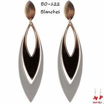 Boucles d'oreilles pendantes ovales blanches et dorées