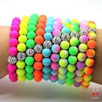 Bracelets élastique perles fluo et strass