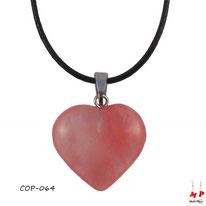 Collier à pendentif coeur en pierre de quartz cerise