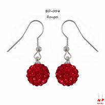 Boucles d'oreilles pendantes shamballa rouges