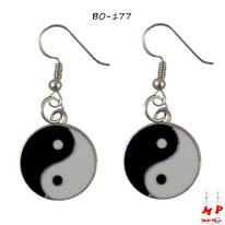 Boucles d'oreilles pendantes rondes yin yang noires et blanches