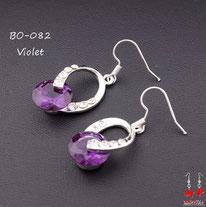 Boucles d'oreilles pendantes argentées, pierre pourpre et strass