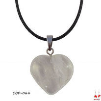 Collier à pendentif coeur en pierre de quartz