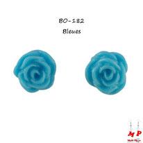 Boucles d'oreilles à fleurs de roses bleu turquoise en résine