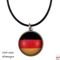 Boucles d'oreilles pendantes drapeau de l'Allemagne sous dôme en verre