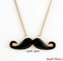 Collier sautoir moustache noire et chaine dorée