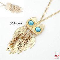Collier doré à pendentif hibou doré aux yeux bleus turquoise