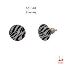 Boucles d'oreilles puces rondes zébrées noires et blanches