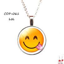 Collier à pendentif emoji émoticône smiley lol
