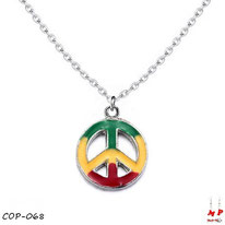 Collier à pendentif rond Peace and Love rasta