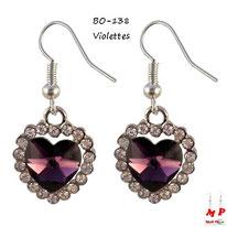 Boucles d'oreilles pendantes coeurs violets et strass