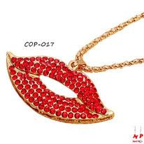 Collier à pendentif bouche dorée à strass rouges