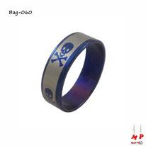 Bague anneau argenté et bleu à têtes de morts en acier inoxydable