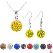 Parure collier et boucles d'oreilles pendantes shamballa jaunes