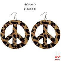 Boucles d'oreilles anneaux pendants Peace and Love en bois couleur léopard