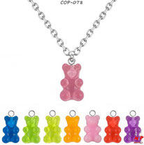 Colliers à pendentifs oursons en acrylique 8 couleurs