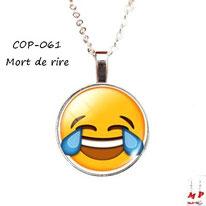 Collier à pendentif emoji émoticône smiley mort de rire