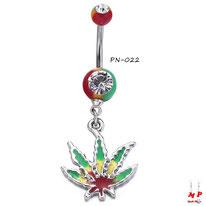 Piercing nombril rasta à strass blanc et son pendentif feuille de cannabis rasta