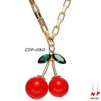 Collier à pendentif cerise rouge et dorée à chaine dorée