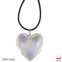 Collier à pendentif coeur en verre blanc transparent