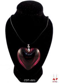 Collier à pendentif coeur en verre rouge