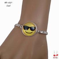 Bracelet tour de bras argenté à emoji cool jaune