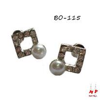 Boucles d'oreilles carrées argentées serties de strass et perles grises nacrées